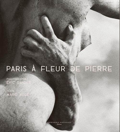 PARIS A FLEUR DE PIERRE